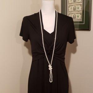 Jewelry - Long pearl strand
